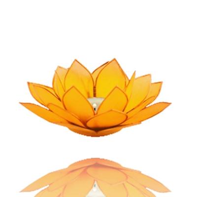 Lotus zonnevlecht chakra met goudrand